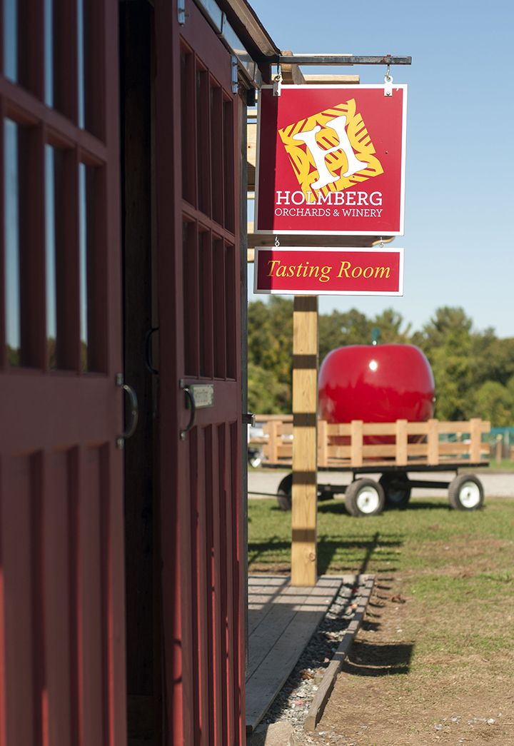 Holmberg Orchards Amp Winery Visit Ct