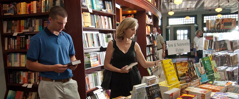 R.J. Julia Booksellers
