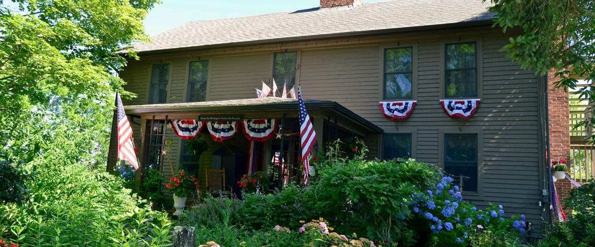 Roseledge Country Inn & Farm Shop, LLC