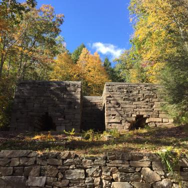 Mine Hill Preserve/Roxbury Land Trust | Visit CT